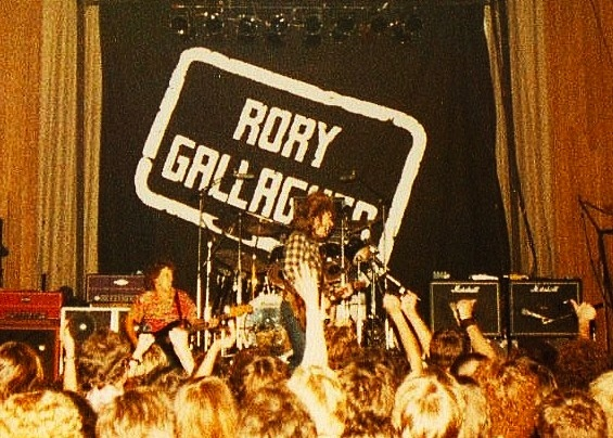 Rory Gallagher Band Mk 3 (1978-1981) - Retour au trio - Page 2 Image132
