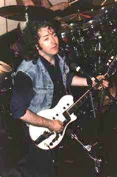 Photos de Charlie Gili - Lone Star Cafe, NYC, 23 ou 24 juin 1985 Lone110