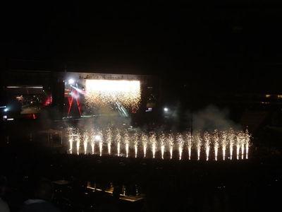 """""""JAMAIS SEUL"""" tournée 2012 Résumé date par date - Page 2 99392110"""