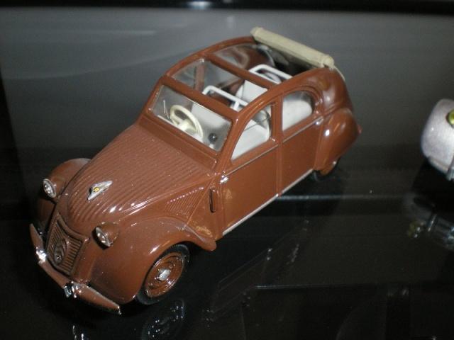 Citroën 2CV - Vitesse 1/43. Imgp9825
