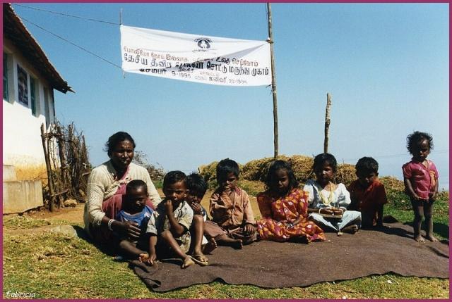 Femmes et enfants du monde Ecole_10