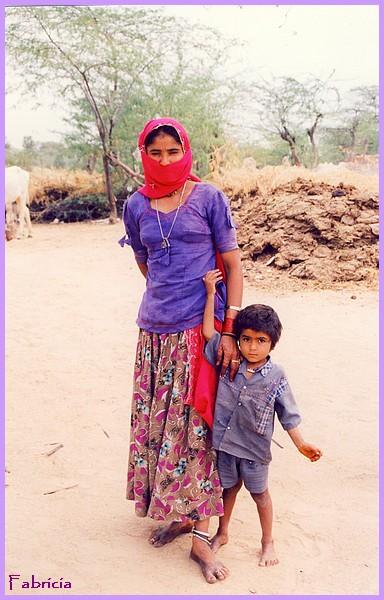 Femmes et enfants du monde Mum_an10