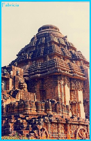 Monuments, gares, châteaux,... dans le monde - Page 6 Surya_10