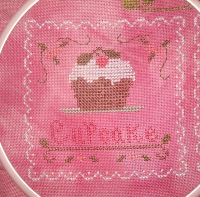 """""""sweet treats"""" de needleworks Dscf1101"""