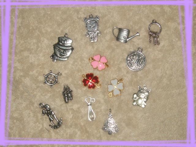 Ma collection de charm's & breloque - Page 2 Dscf8897