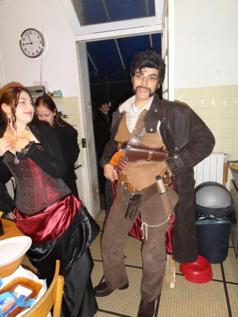 mes cosplays et moi,tu es sur 171 photos (ancienement :photo  de membre de la team et de moi !!) - Page 6 15614210