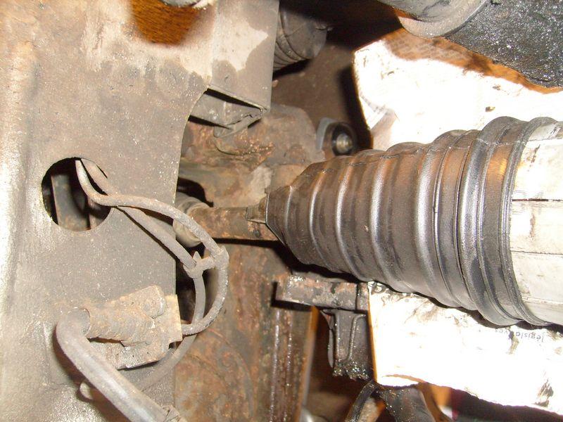 Soufflet de cardan côté roue... demande l'oeil expert S7302843