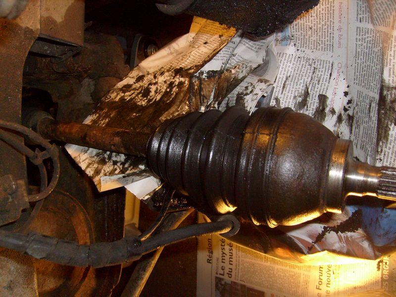 Soufflet de cardan côté roue... demande l'oeil expert S7302845