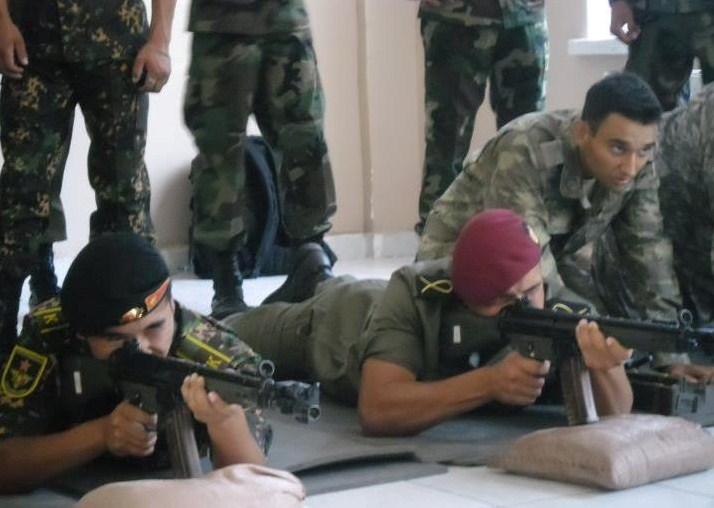 موسوعة الجيش التونسي  - صفحة 2 717
