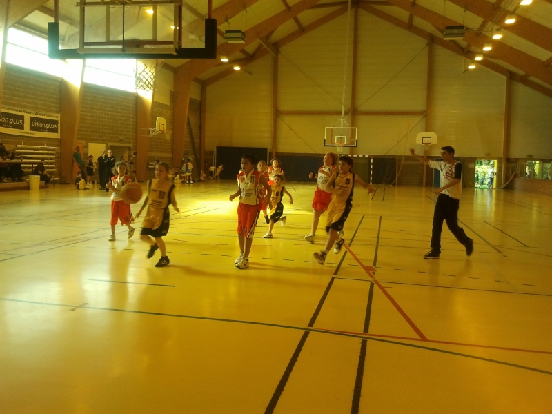 PHOTOS 2011  2012 TOURNOI PRE SAISON POUSSINES 2011-037