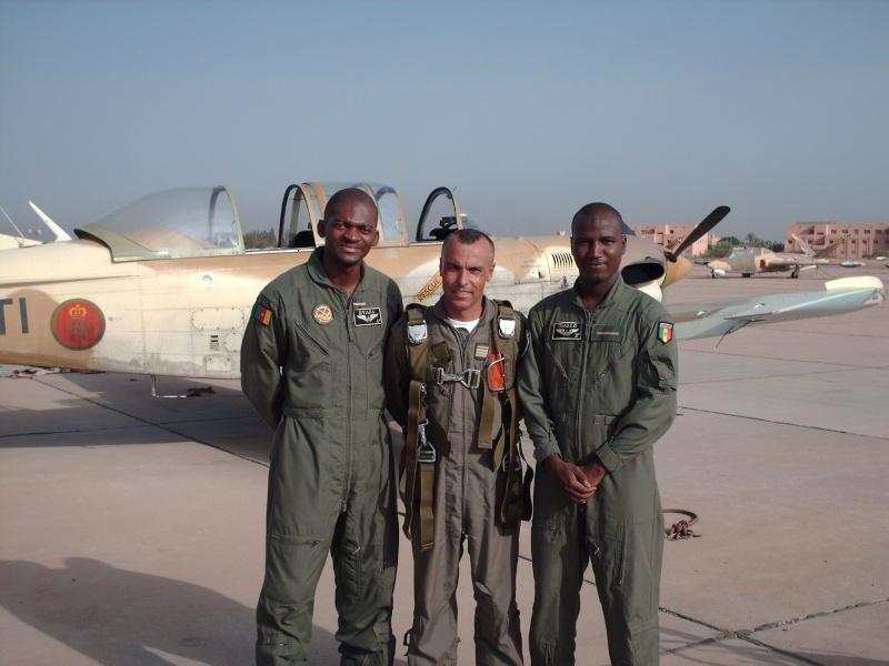 Les FRA écoles pour les élèves pilotes africains Hpim1410