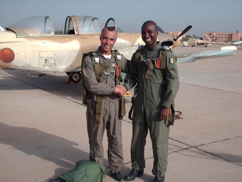 Les FRA écoles pour les élèves pilotes africains Hpim1411