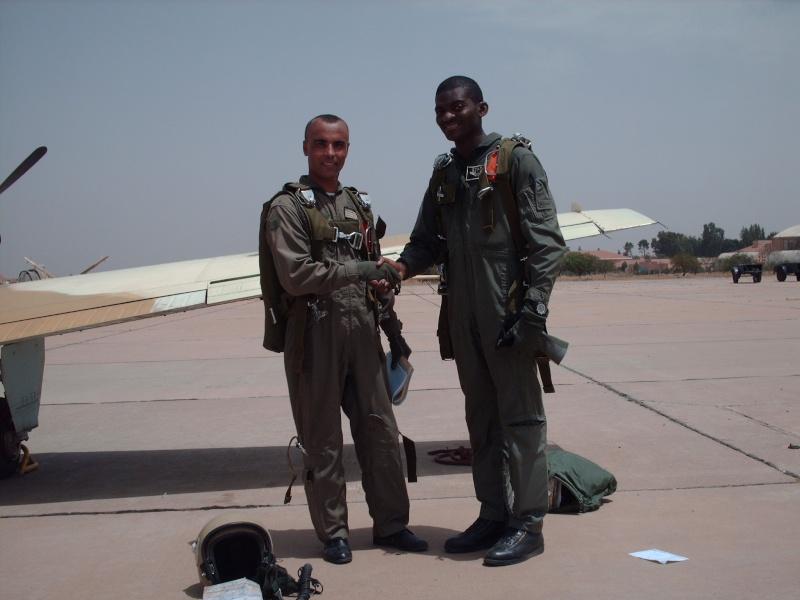 Les FRA écoles pour les élèves pilotes africains Hpim1412