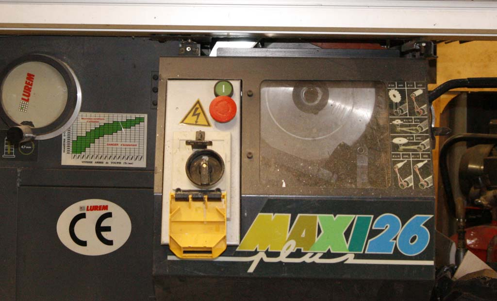 besoin d'aide soucis electrique Lurem maxi 26 plus Maxi2610
