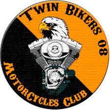 Couleurs des differents clubs de bikers - Page 23 50829510