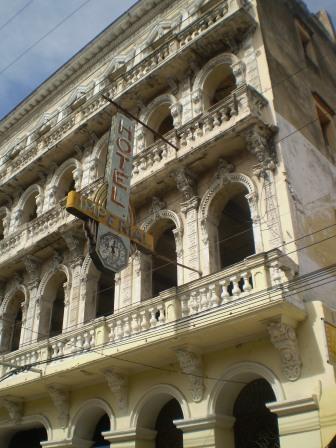 Calles de Santiago de Cuba Imperi10