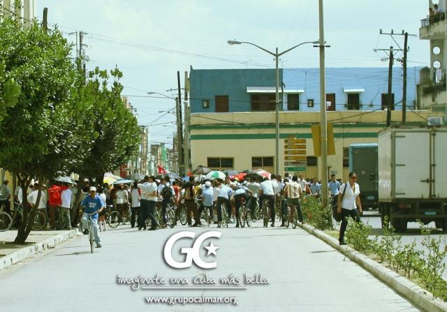Damas de Blanco (demasiado clericales) Marcha12