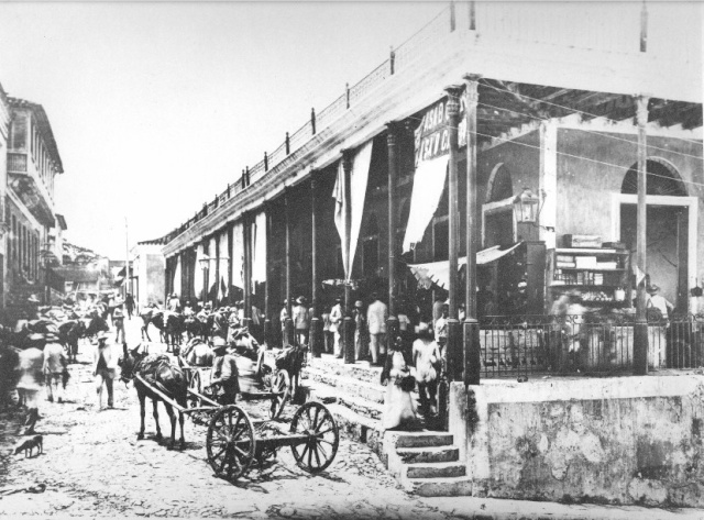 Calles de Santiago de Cuba Mercad10