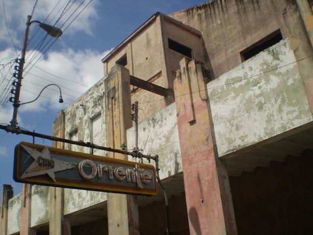 Calles de Santiago de Cuba P1010310