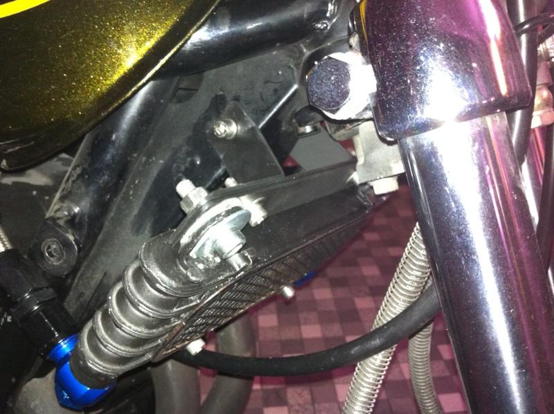 Montage d'un radiateur d'huile Img_1012