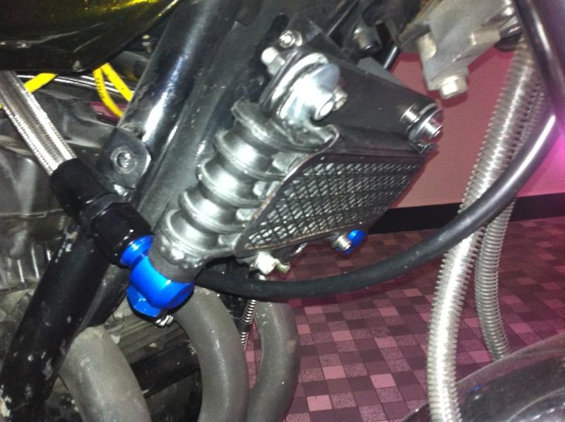 Montage d'un radiateur d'huile Img_1013