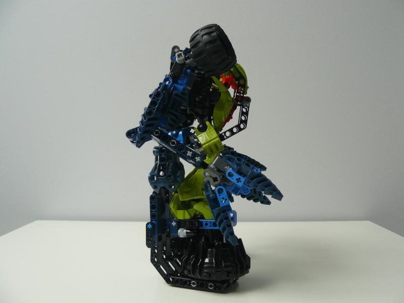 [MOC] Exosquelette pour Héros P1070611
