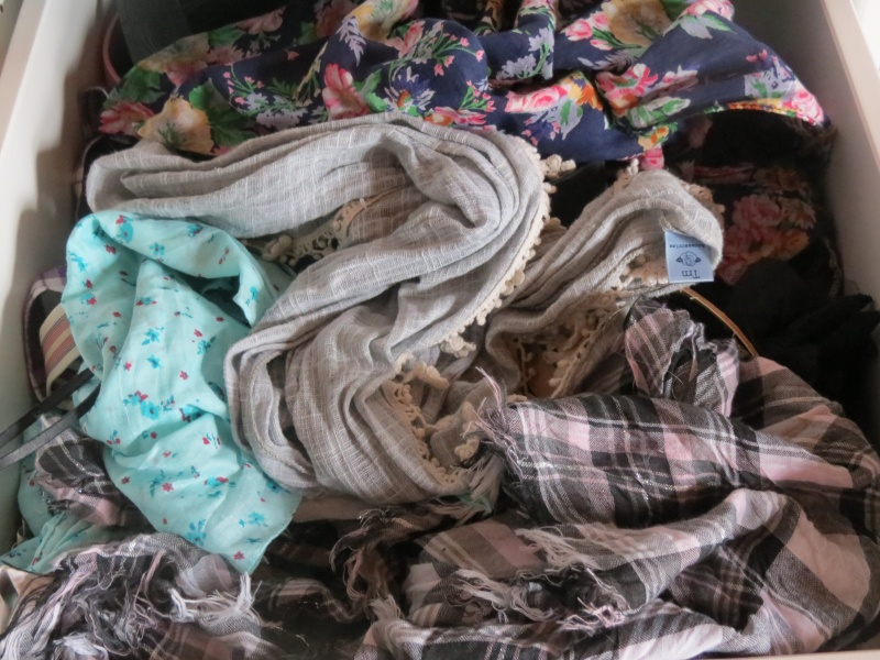 Bluue has cookies in her dressing ! :3 Img_1219