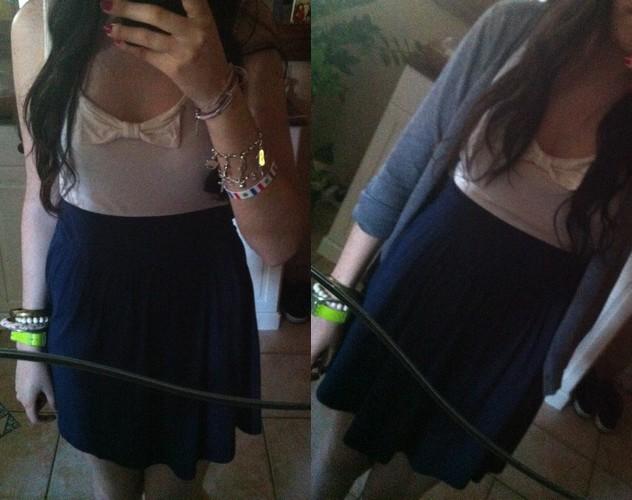 Bluue has cookies in her dressing ! :3 V910