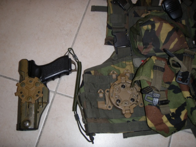 =Holster CQC Blackhawk + adaptateur Strike + QDS= P7213110