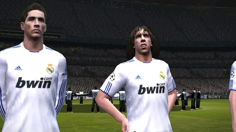 [FINALE] Real Madrid - Liverpool Pes21012