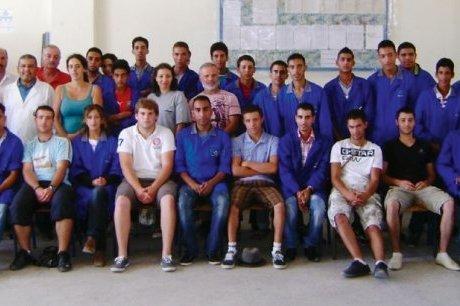 Les élèves du CFA de Morcenx, au milieu de leurs homologues marocains d'Essaouira.  58591210