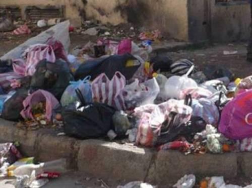 Amoncellement des ordures ménagères à Rabat La gestion déléguée remise en cause  Dechet12