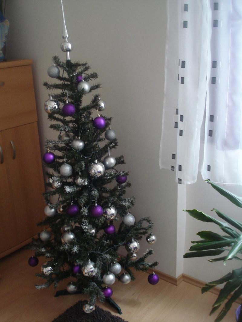 Slike vašeg božićnog drvca - Page 2 Dsc07431