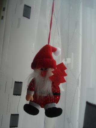 Slike vaših Božićnih ukrasa (advent, djed mrazovi itd) Dsc07439