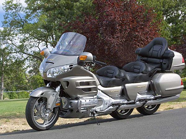 Goldwing  comique ou pas 3b19c210