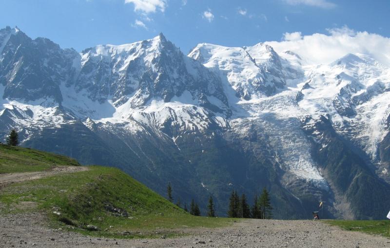 Photos en moyenne montagne - Page 2 Chamon15