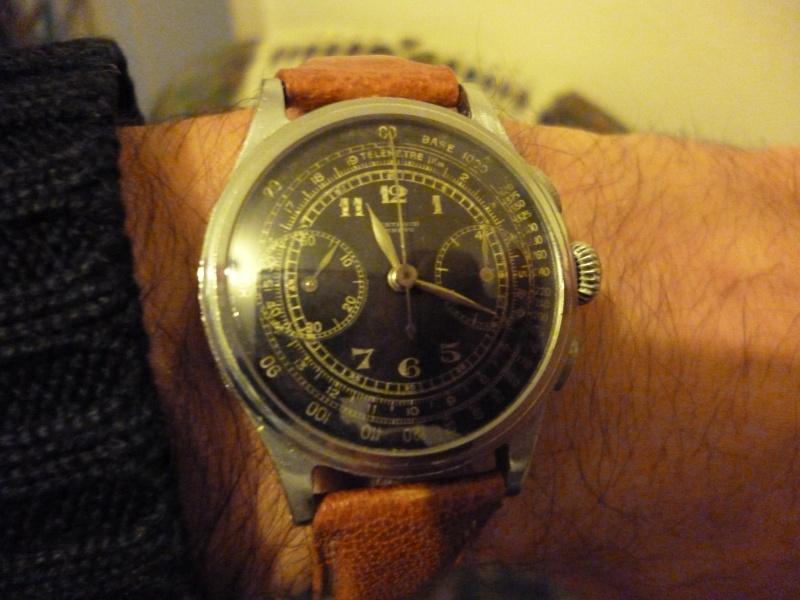 Berthoud Chronographe allias Universal Genève, calibre 385, voici mon cadeau de Noël! 00412