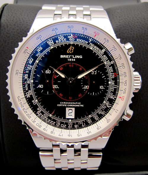 Passage au crible de certains chronographes de production moderne parfois beaux mais illisibles, la liste pourrait être très longue! 35541710