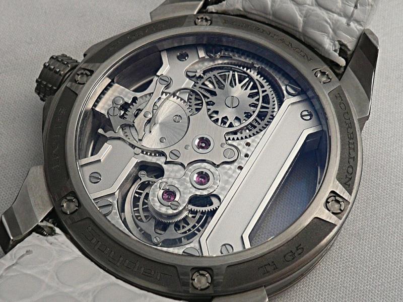 Les plus beaux calibres de montres mécaniques vintages et contemporains du monde ... - Page 2 Amb-0310