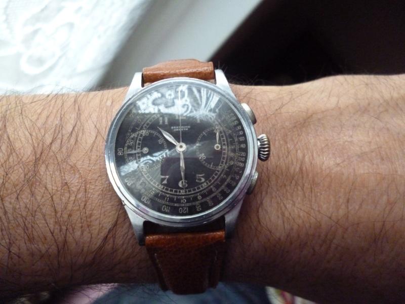 Berthoud Chronographe allias Universal Genève, calibre 385, voici mon cadeau de Noël! Bertho10