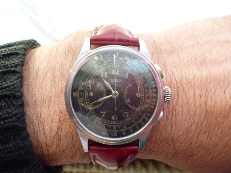 Berthoud Chronographe allias Universal Genève, calibre 385, voici mon cadeau de Noël! Bertho17