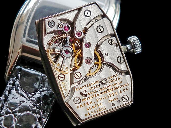 Les plus beaux calibres de montres mécaniques vintages et contemporains du monde ... - Page 2 Patek-12