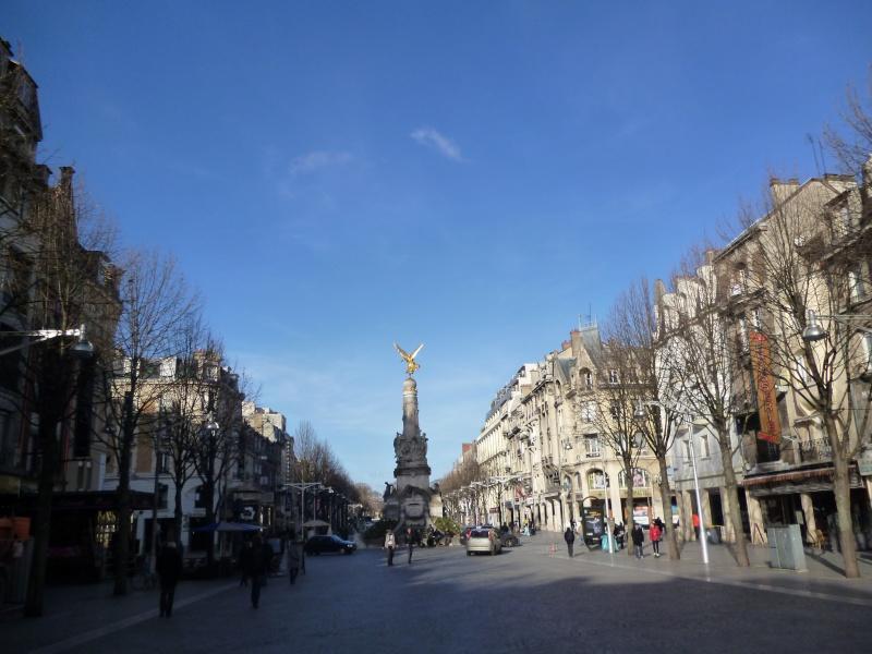 Reims : pendant midi avec PhilouD ( Philippe ) Hervé et un commercant de la ville... Reims_12