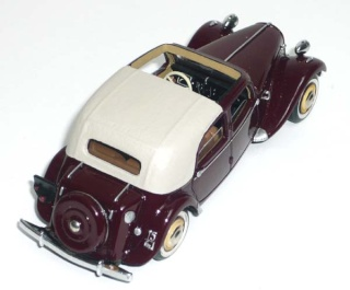 Citroën : les Traction Avant Citroën découvrables A.E.A.T. 15-6_d12