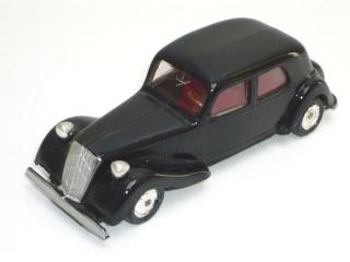 """Citroën : """"Et Dieu créa les MINIALUXE"""" Noire_44"""