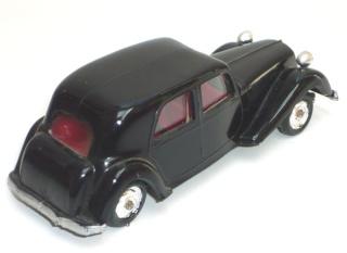 """Citroën : """"Et Dieu créa les MINIALUXE"""" Noire_45"""