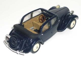 Citroën : les Traction Avant Citroën découvrables A.E.A.T. Pm_dac14