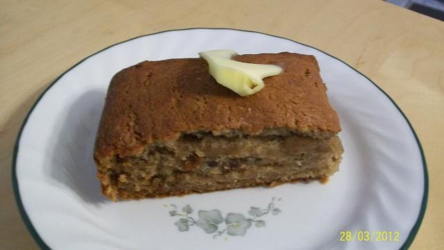 Gâteau aux bananes,épices et raisins Gato_011