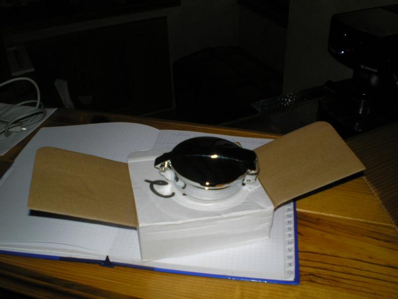 Bouchon monza sur réservoir série 7 Pc020010