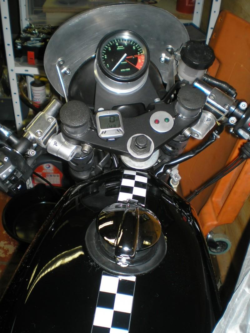 Bouchon monza sur réservoir série 7 Pc210012